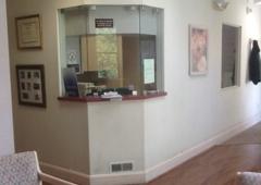 Associated Dermatologists Trusky Diana MD - Red Bank, NJ