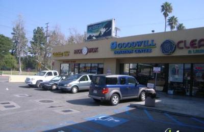Quickie's Pizzas & Subs - Studio City, CA