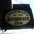 Linneman's River West Inn