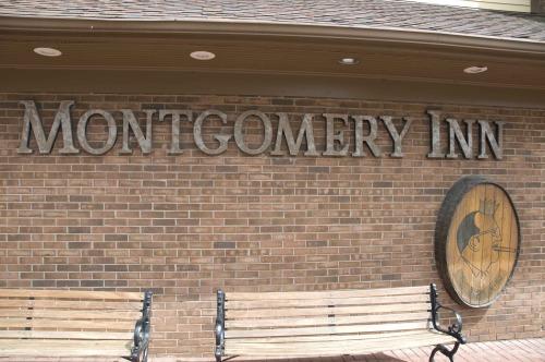 Montgomery Inn-Ribs King, Cincinnati OH