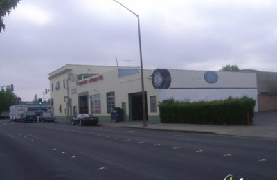 Chestnut Auto Repairs - Redwood City, CA