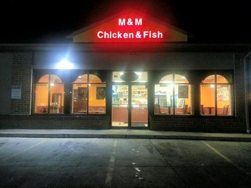 M & M Chicken & Fish - Columbus, OH