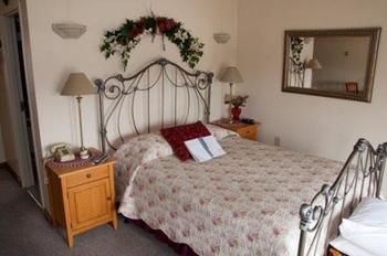 Stagecoach House Inn, Wyoming RI