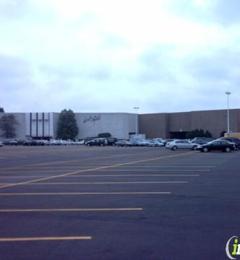 Lord & Taylor - Northbrook, IL