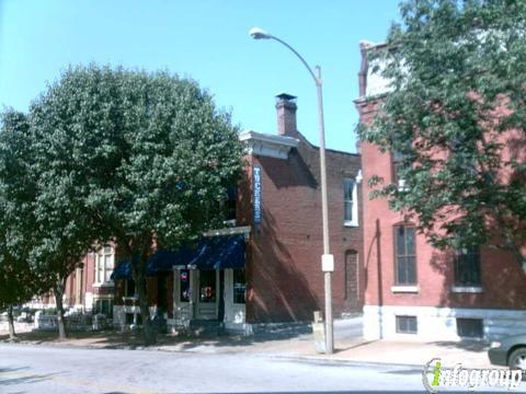 Tucker's Place, Saint Louis MO