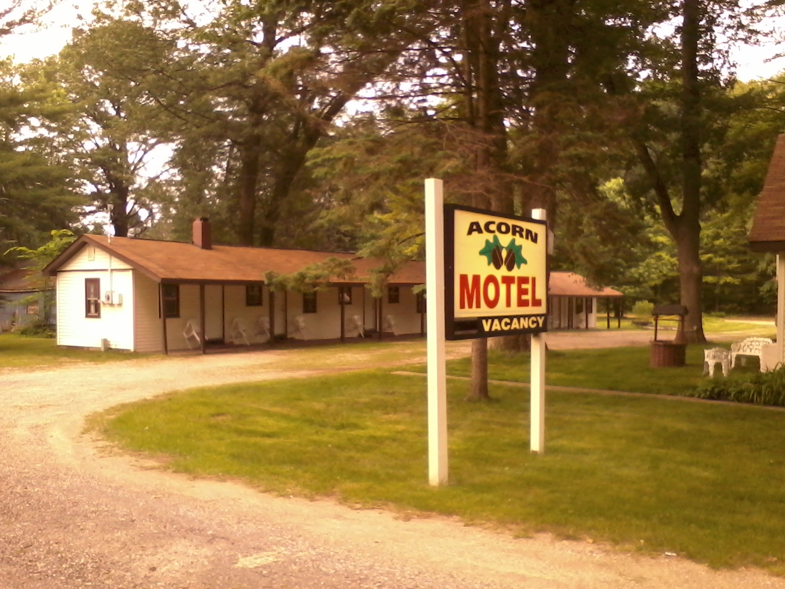 Acorn Motel, Harrison MI