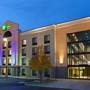 Holiday Inn Express & Suites BATAVIA - DARIEN LAKE - Batavia, NY