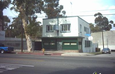 Warren Animal Hospital - Los Angeles, CA
