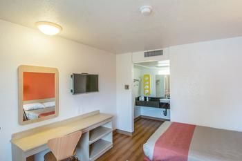 Motel 6, Redding CA