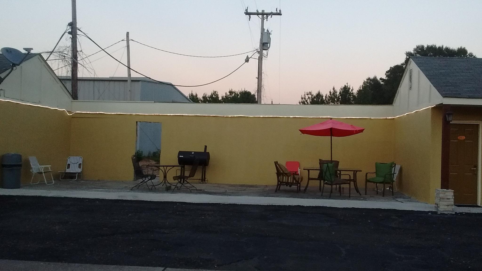 Pleasure Point Inn & Suites, Monticello MS