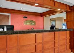 Howard Johnson Inn - Evansville, IN