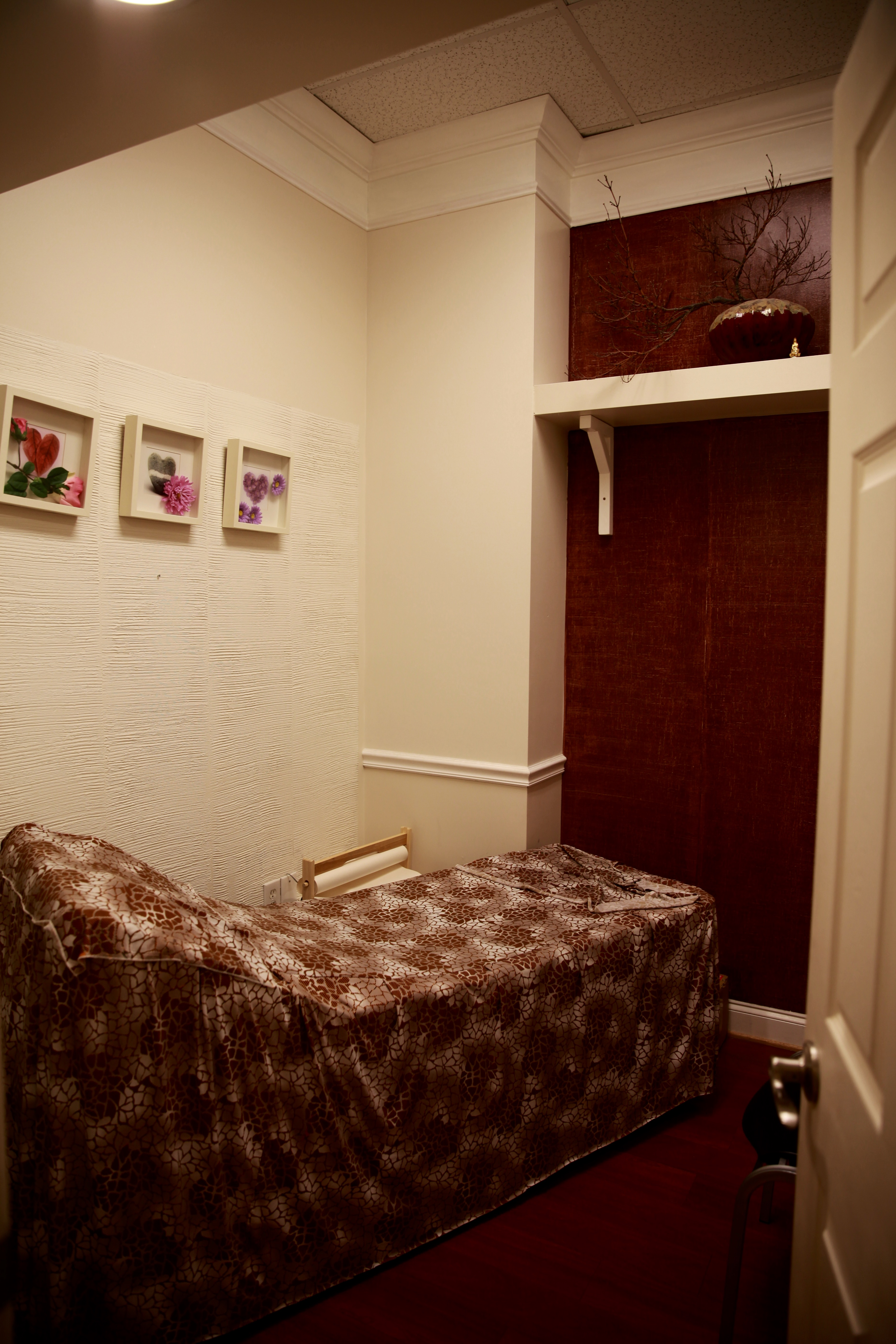 NAILS PRO and SPA, Owings Mills MD