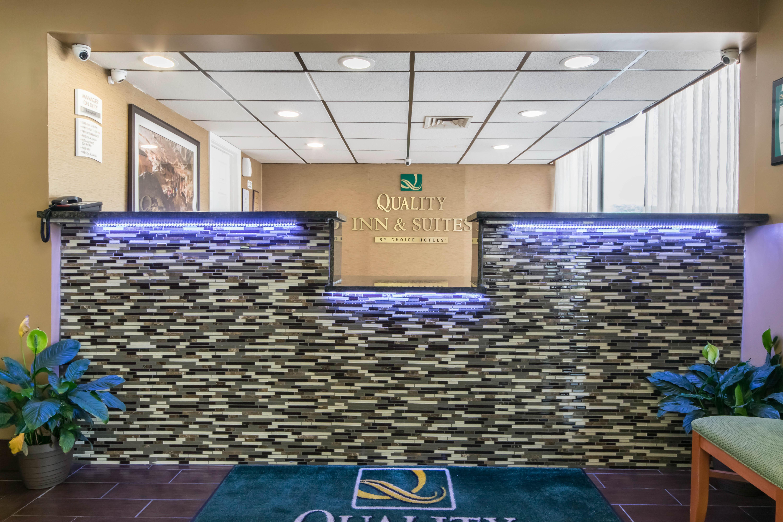 Quality Inn & Suites, Horse Cave KY