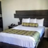 Glen Capri Inn & Suites-Winchester Ave