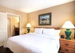 Homewood Suites by Hilton Greensboro - Greensboro, NC