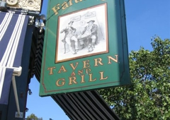 The Four Farthings Tavern & Grill - Chicago, IL