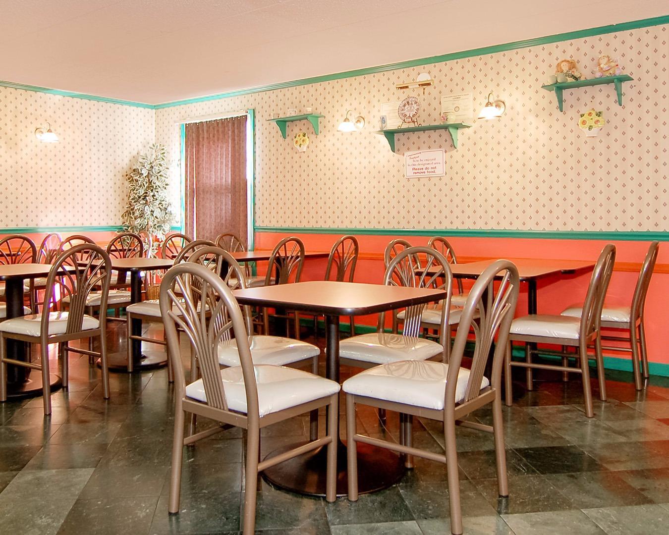 Rodeway Inn & Suites, Levittown PA