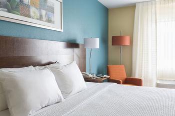 Fairfield Inn & Suites Peru, Peru IL