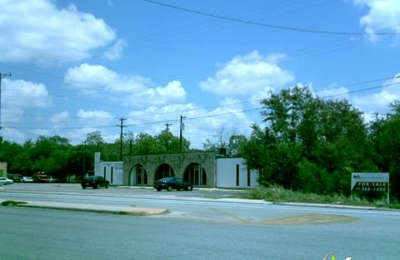 Uribe, Thomas R, Dds - Associated Dental Svc - San Antonio, TX