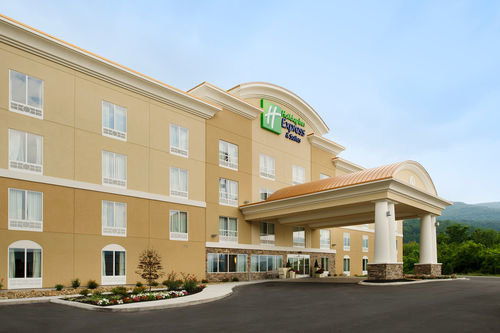 Holiday Inn Express & Suites CARYVILLE, Caryville TN