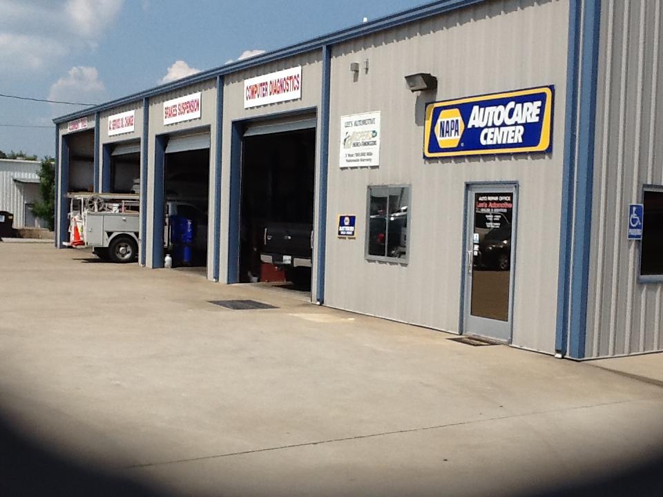 Lees Automotive Sales And Service, Clarksville TN