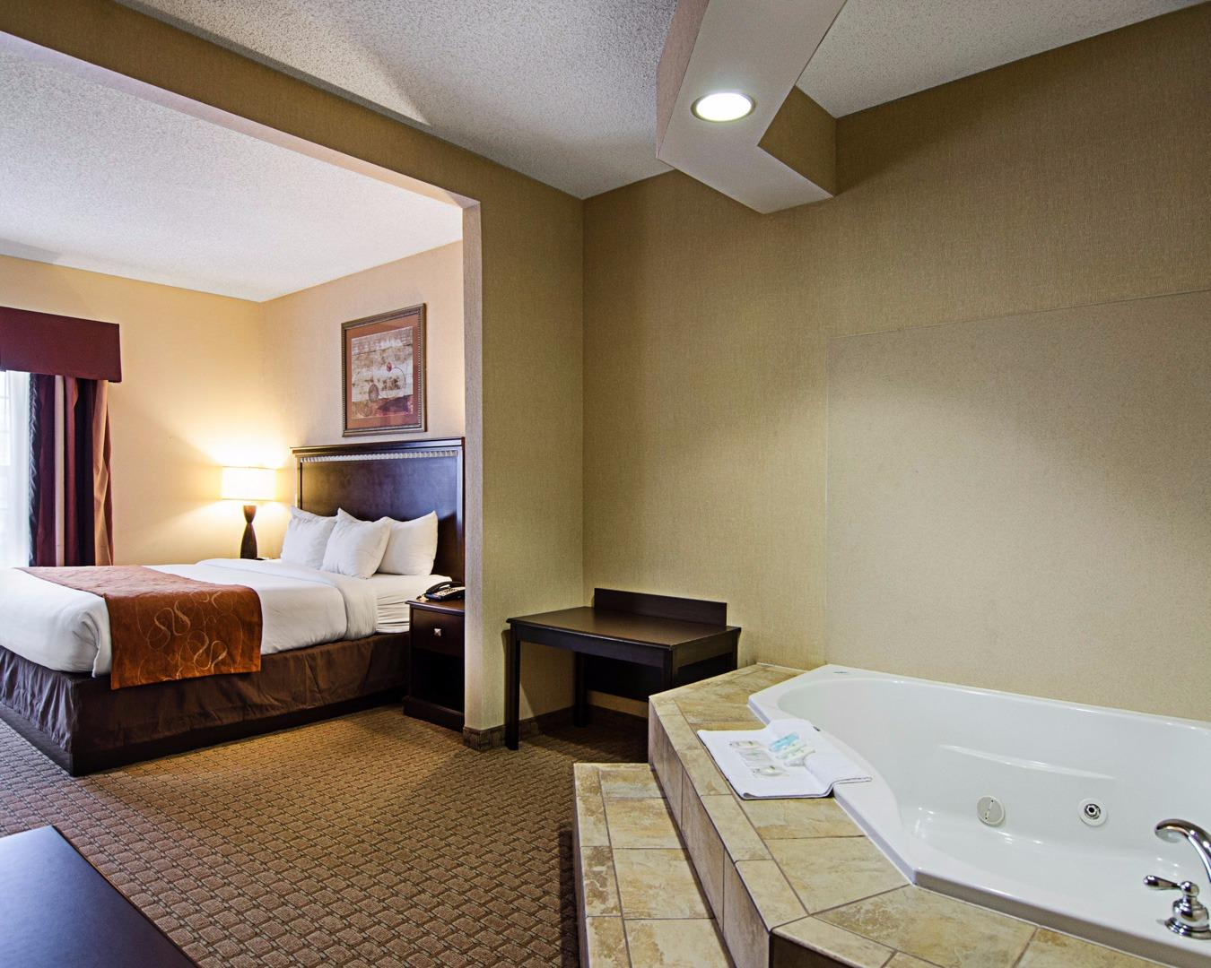 fort Suites Conway AR YP