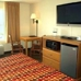 Rodeway Inn & Suites near Outlet Mall - Asheville