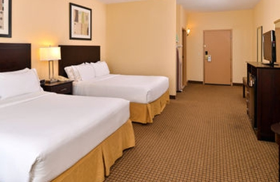 Holiday Inn Express & Suites Greenville - Greenville, OH