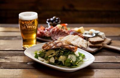 De Vere's Irish Pub - Davis, CA