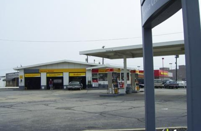 West Park Shell Auto Care - Cleveland, OH
