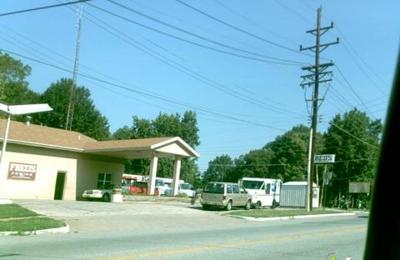 Fred's Towing Inc - Alton, IL