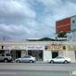 Leo's Beauty Salon - Los Angeles, CA