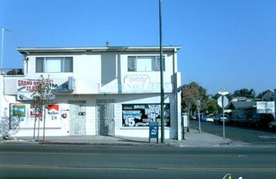Vicky's Hair & Nail Design - San Diego, CA