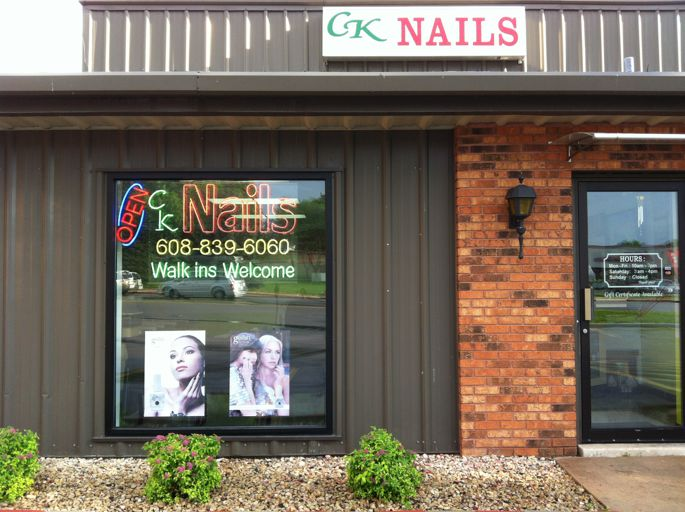 Star Nail Salon Madison Wi | Splendid Wedding Company