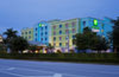 Holiday Inn Express & Suites Ft. Lauderdale Airport/Cruise - Fort Lauderdale, FL