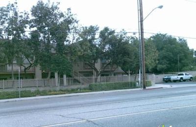 Arlington Court Apartments   Riverside, CA