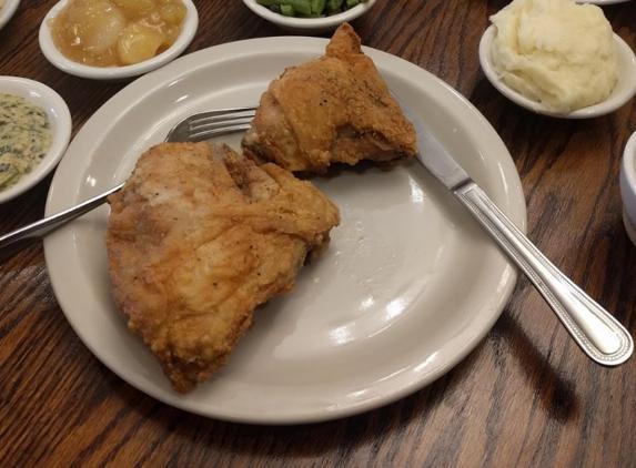Claudia Sanders Dinner House - Shelbyville, KY