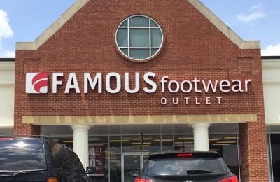 Famous Footwear Calhoun Ga Lot View