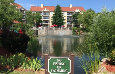 Sun or Snow Vacation Rentals - Colorado Springs, CO. Wyndham Branson at the Meadows