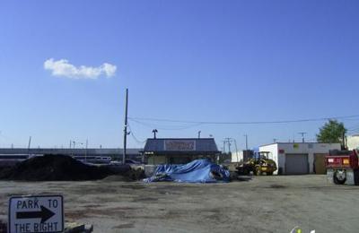 Mulch & More Inc - Brookpark, OH
