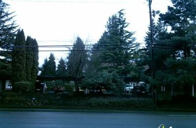 Royal Pines Apartments - Beaverton, OR