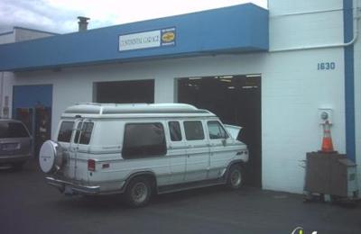 Continental garage 1630 136th pl ne bellevue wa 98005 yp continental garage bellevue wa solutioingenieria Images