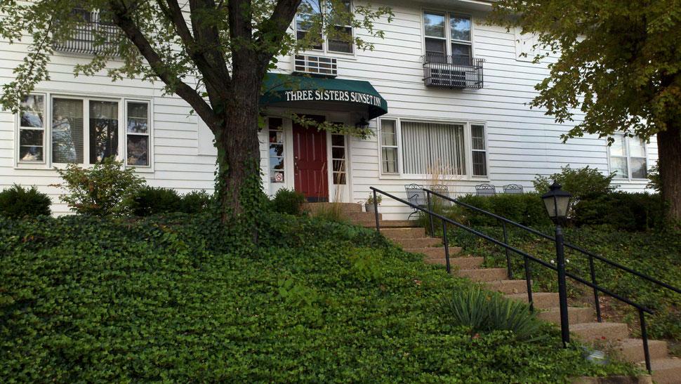 Three Sisters Sunset Inn, McConnelsville OH