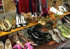 Marilyn & Dean's Fashion Exchange - Lacey, WA