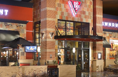Bj S Restaurants 511 Coleman Ave San Jose Ca 95110 Yp Com