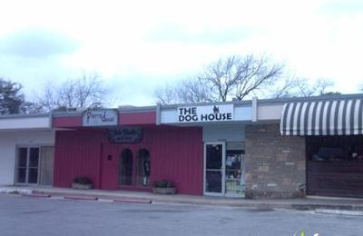 The Dog House - San Antonio, TX