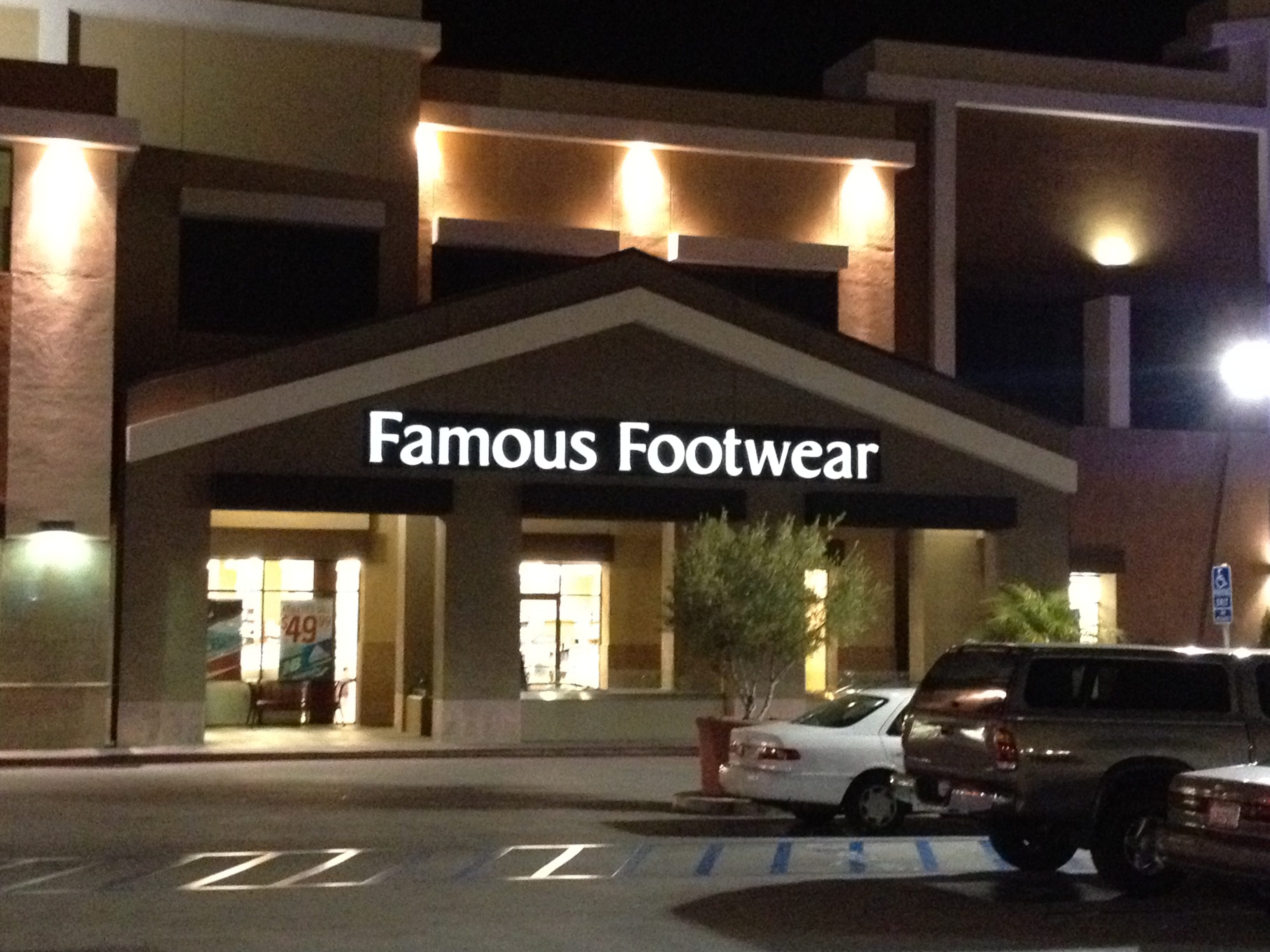 Glendale Shoe Stores