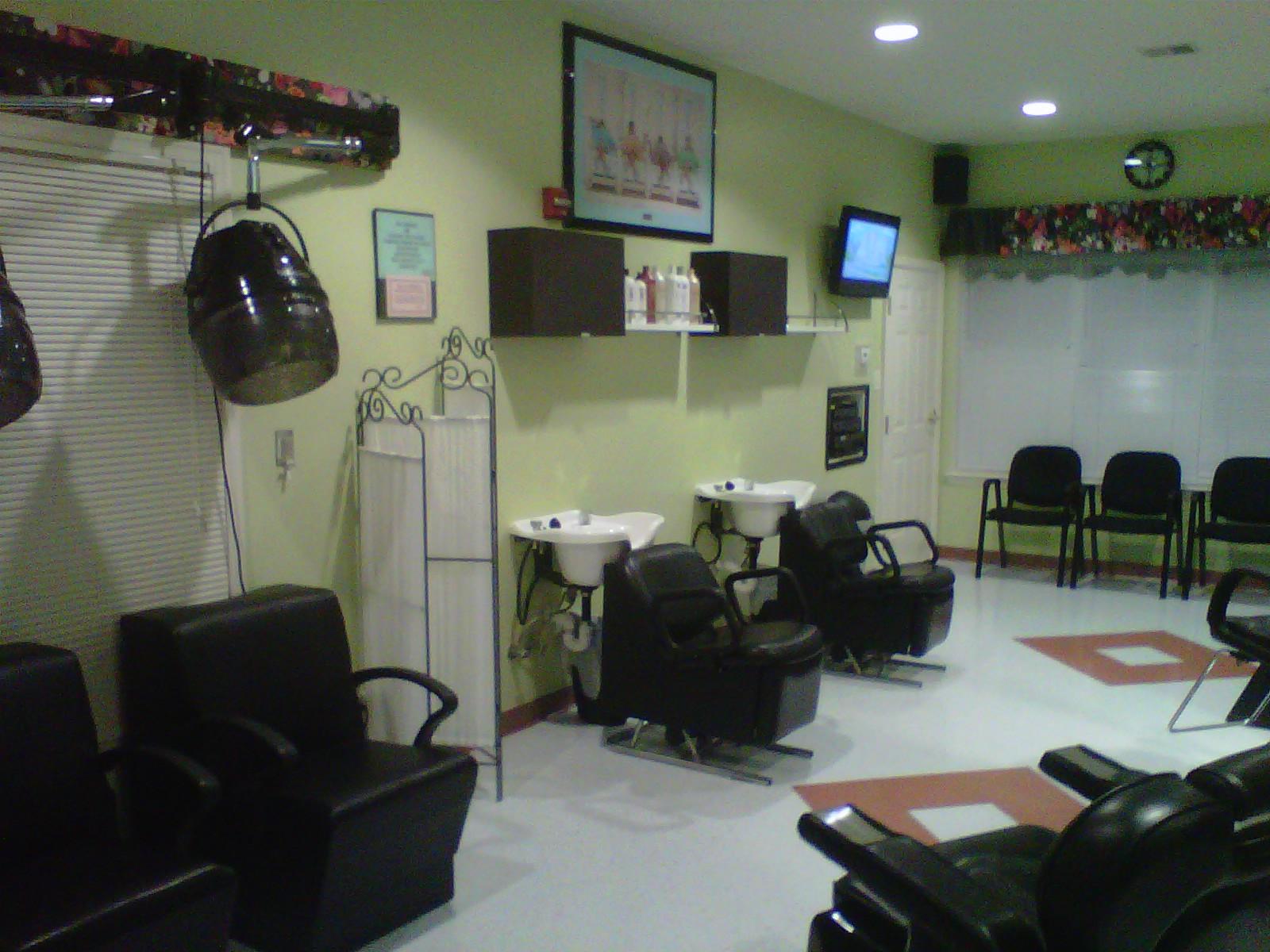 Blow Outz Hair Salon, Fort Washington MD