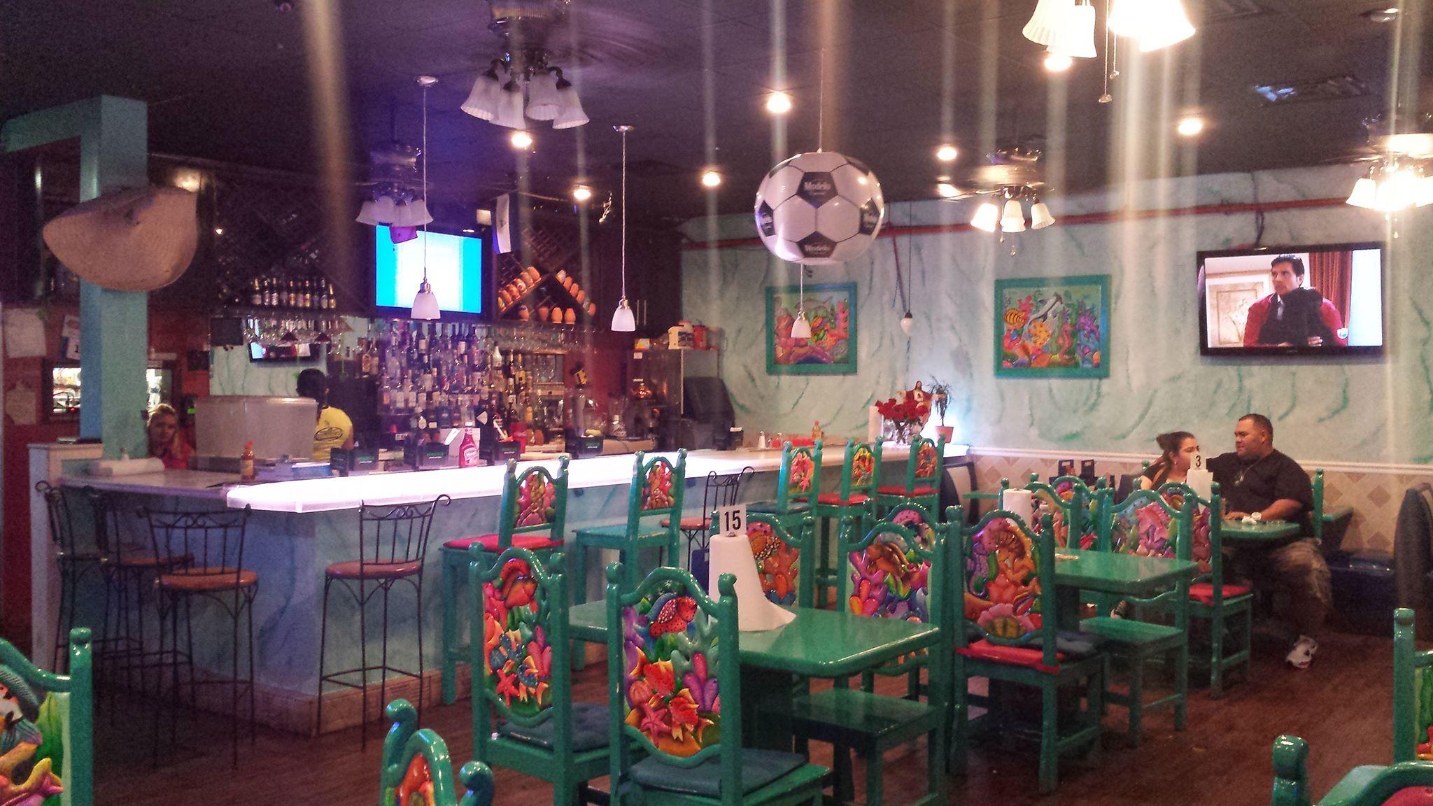 Chilangos Seafood Restaurant 3617