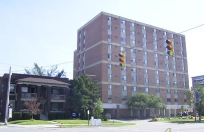 New Clifton Plaza Apartments - Cleveland, OH
